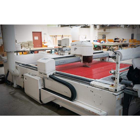 VECTOR 7000V2 AUTOMATIC CUTTING MACHINE