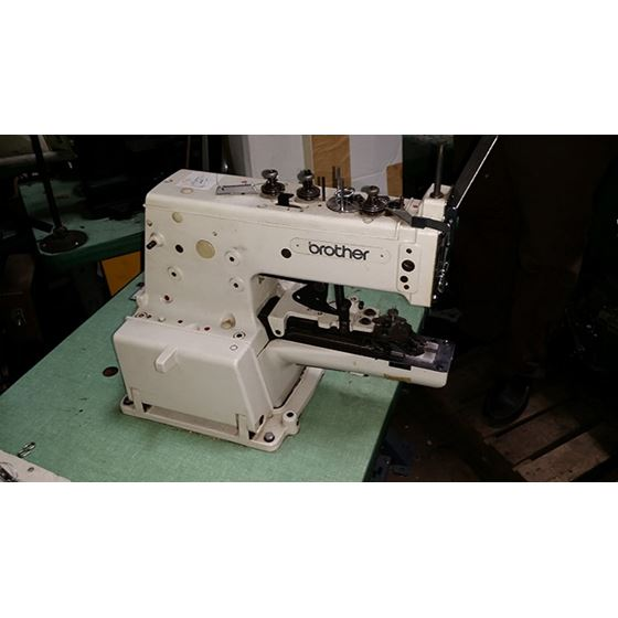 BUTTON SEWER - BUTTON SEWING MACHINE